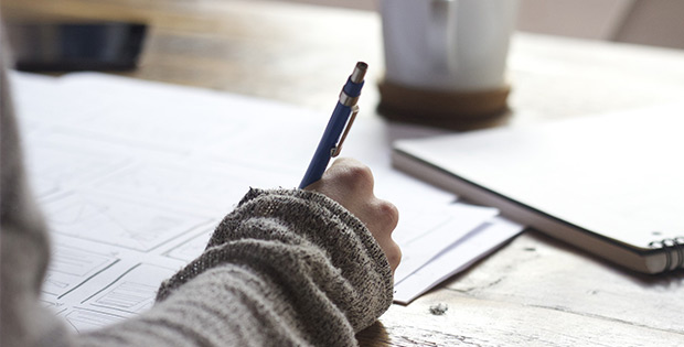 Improve memory by writing and notetaking